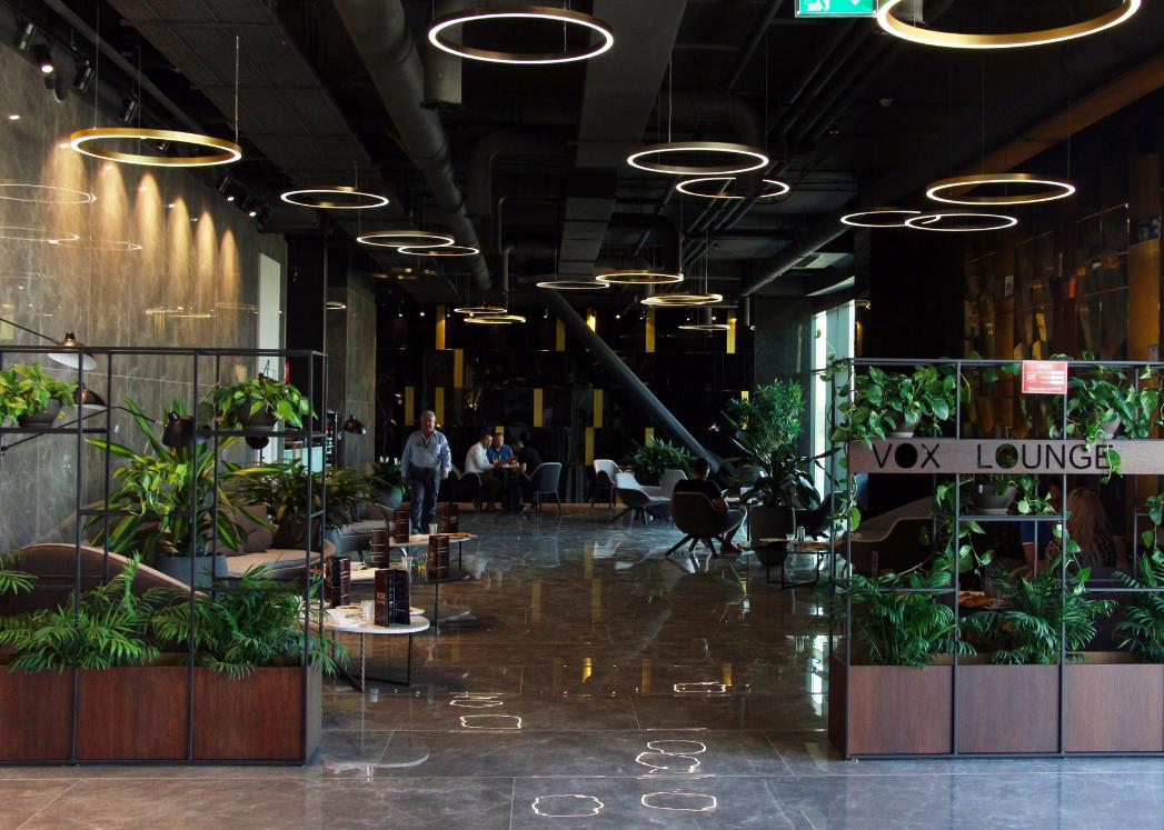 Întâlnirile de business din Timișoara au acum un nou spațiu dedicat – Vox Lounge